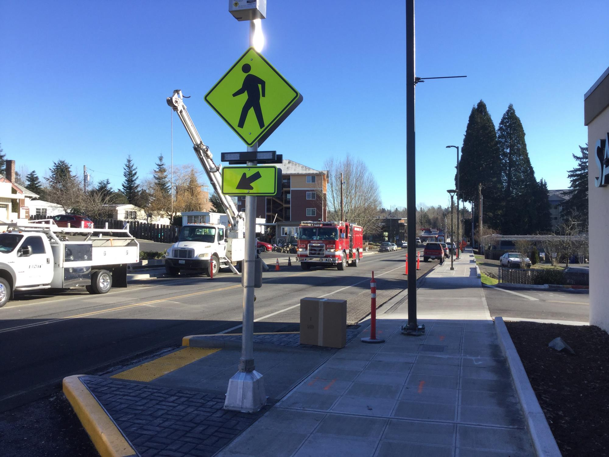 Rectangular Rapid Flashing Beacon (RRFB) for Pedestrian Crossings